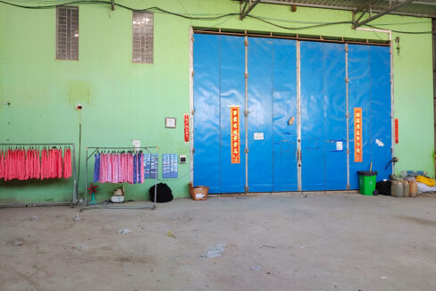1000 Sq.m Warehouse For Rent In Sangkat Krang Thnong Img1