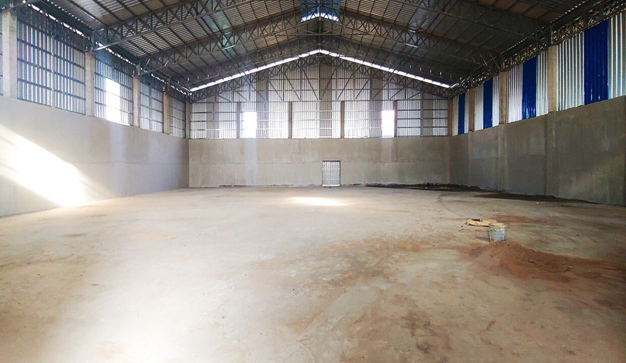 1300 Sq.m Warehouse For Rent In Phnom Penh Thmei Area Img5