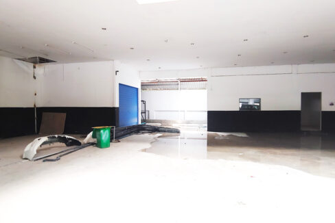 1350 Sq.m Business Warehouse For Rent Main Road, PP Thmei 2