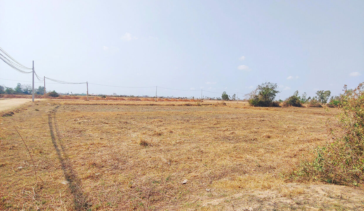 1589 Sq.m Potential Land For Sale Near ARATA Garden Residences 1