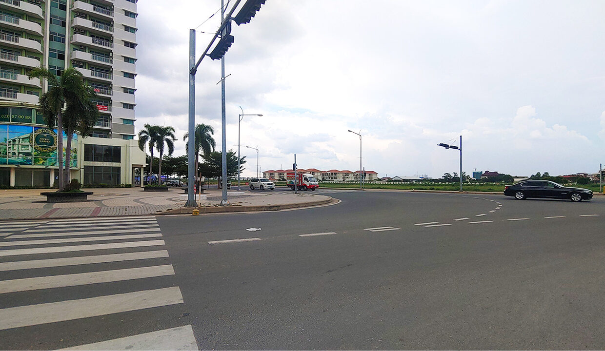 1792 Sq.m Commercial Land For Sale Face To Camko City 4