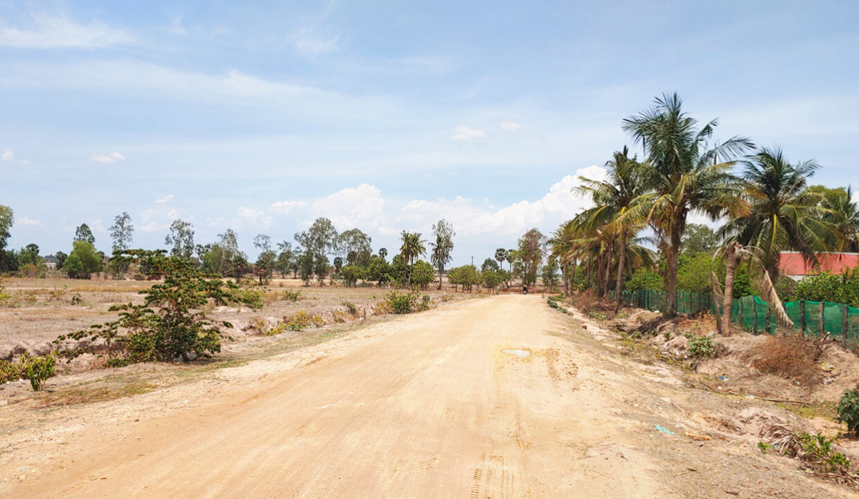 2.4 Hectares Land For Sale At National Road 51 Area 6