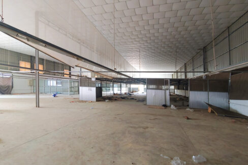 2241 Sq.m Land And Warehouse For Rent, Main Road Near Makro 4