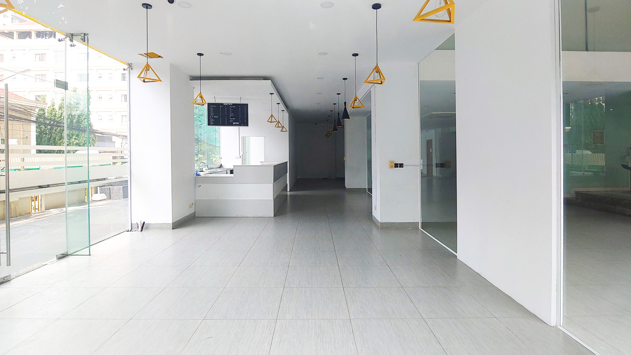 230 Square meters business space for rent – BKK1 area
