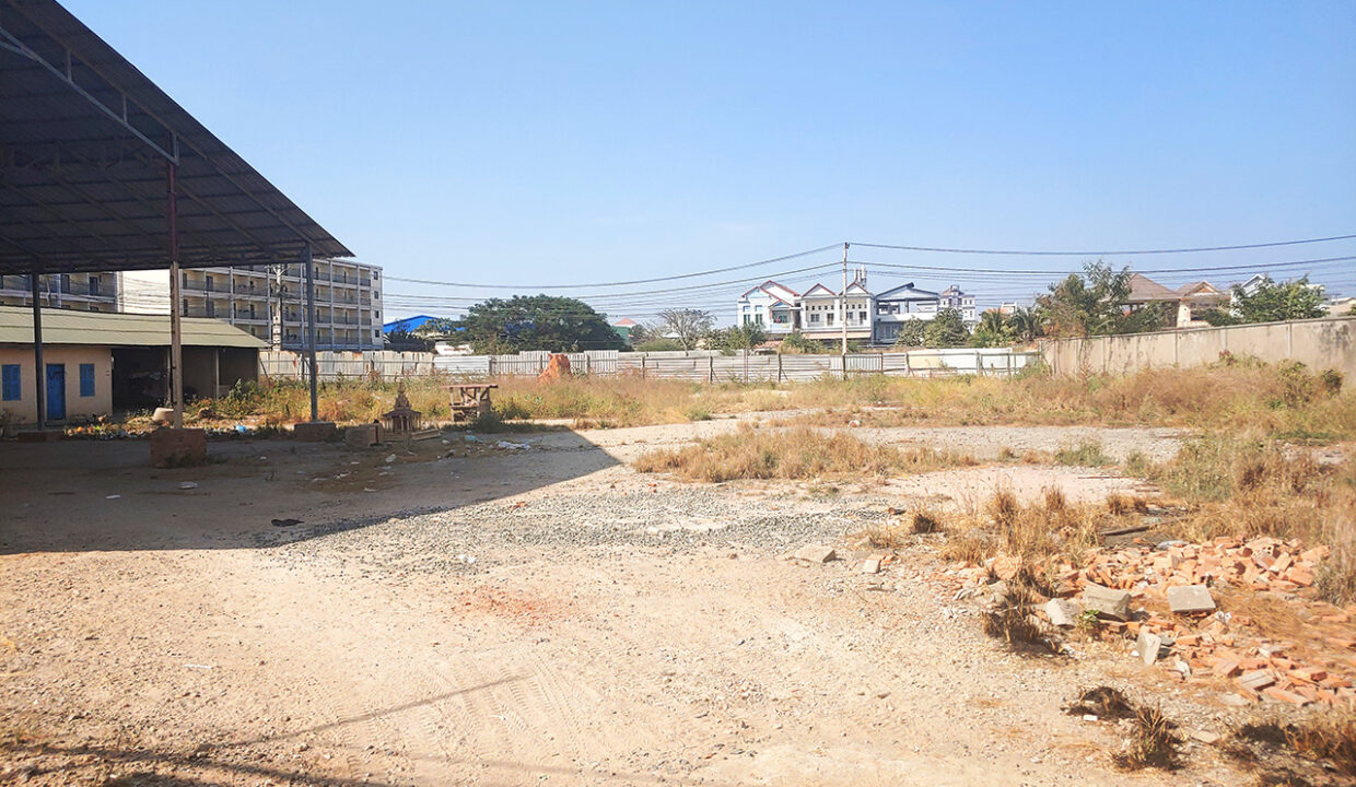 2400 M² Commercial Land For Rent Very Close AEON Mall 2 Img1