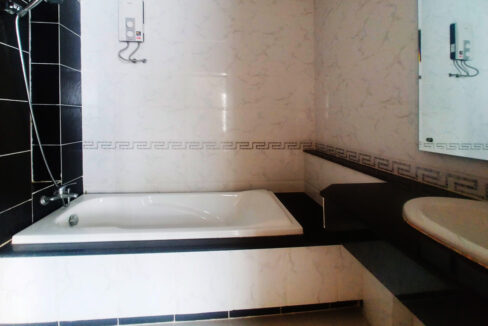 4 Bedrooms House For Rent In Borey Piphup Thmey Sen Sok Img7