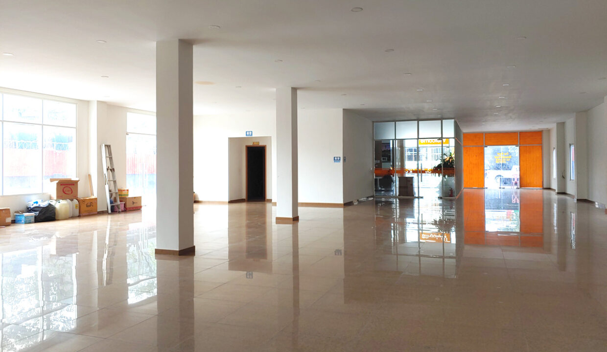 430 Sqm Retail:business Space For Rent Near IU 2