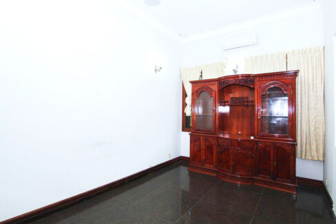 5 Bedrooms Villa With A Pool For Rent Toul Tum Poung 2 11