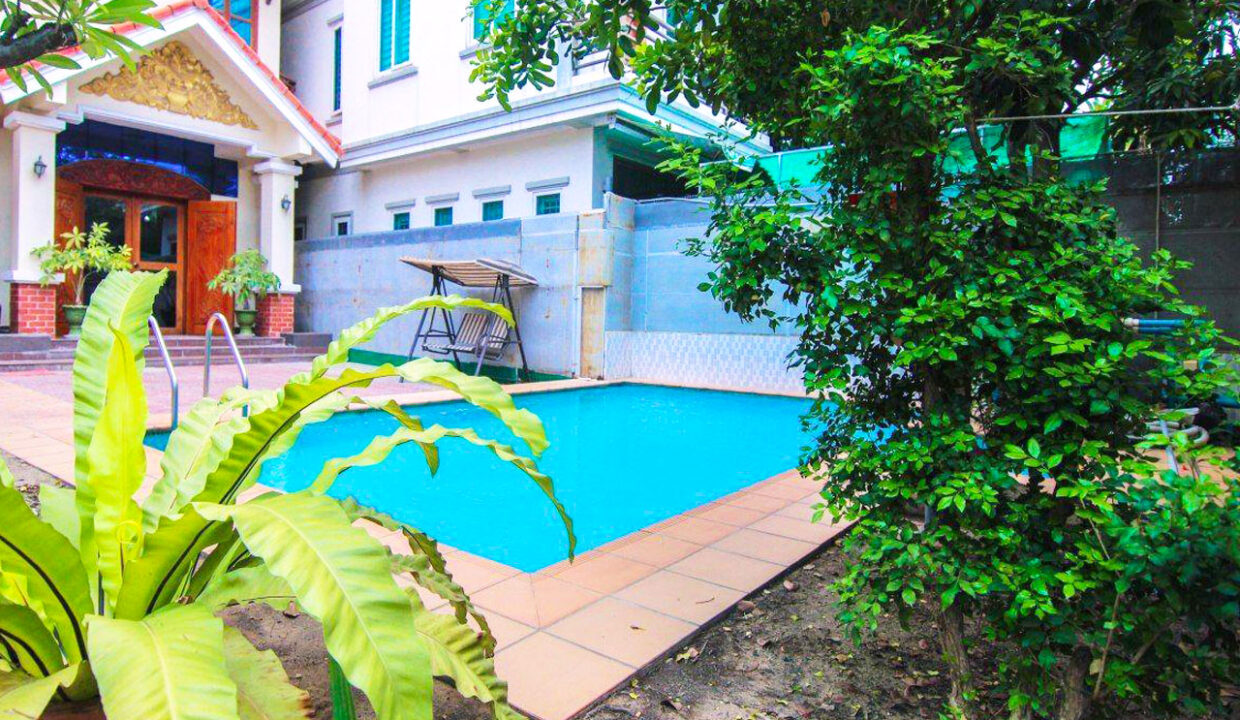 5 Bedrooms Villa With A Pool For Rent Toul Tum Poung 2 3