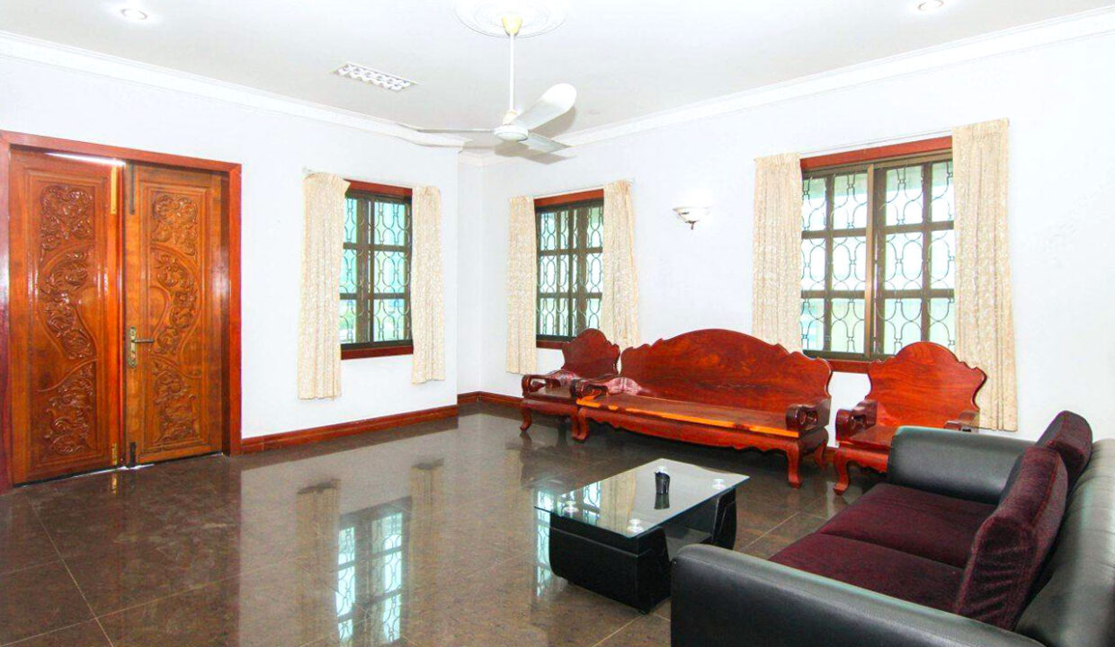 5 Bedrooms Villa With A Pool For Rent Toul Tum Poung 2 6