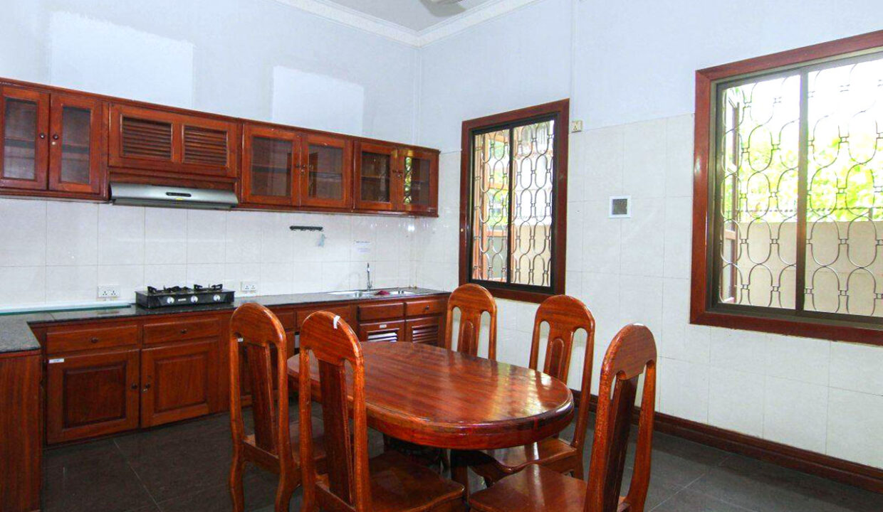 5 Bedrooms Villa With A Pool For Rent Toul Tum Poung 2 7
