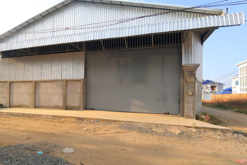 600 Sq.m Warehouse For Rent Close To Oknha Try Heng Street 1