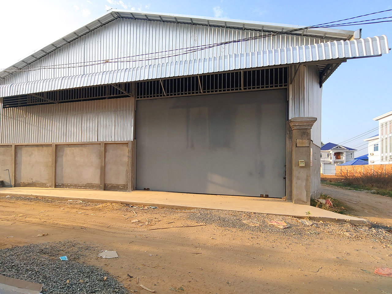 600 Sq.m warehouse for rent close to Oknha Try Heng street