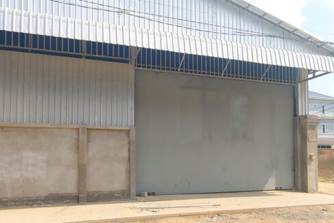 600 Sq.m Warehouse For Rent Close To Oknha Try Heng Street 2