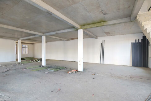 6000 Sq.m Land With Warehouse For Rent Along Main Road Img6