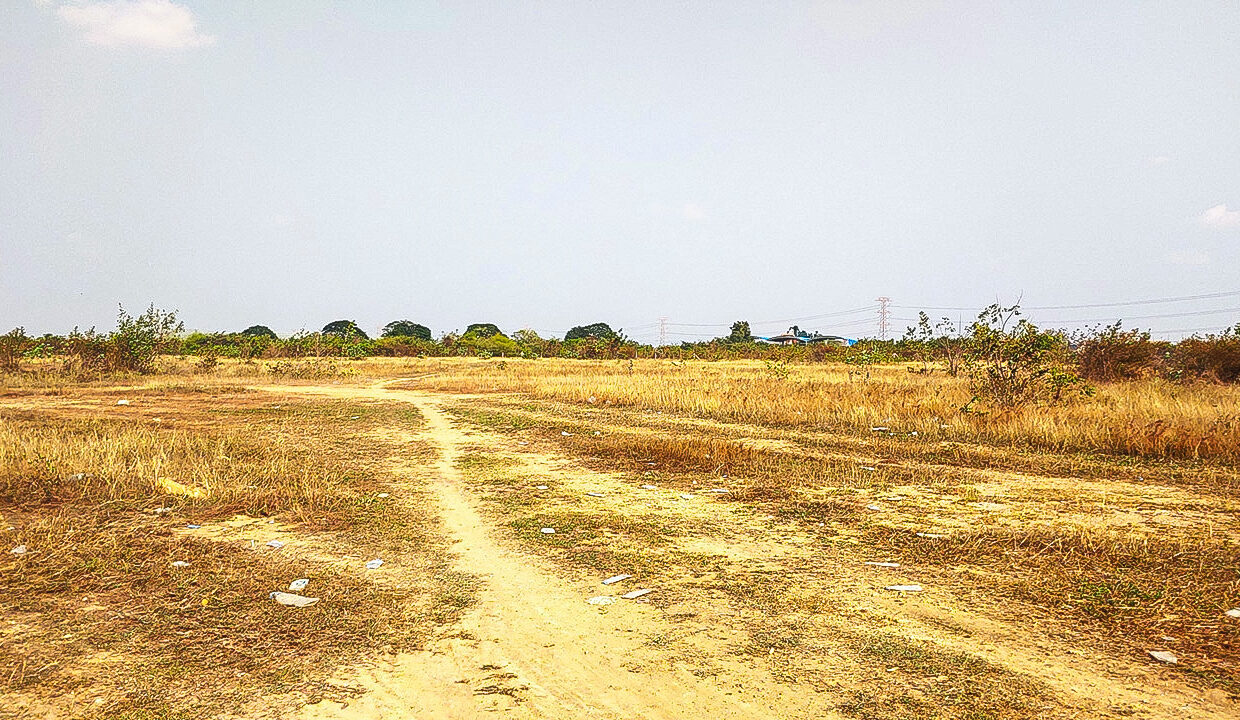 7.9 Ha Land For Sale 4 Kilometers From Krong Chbar Mon Img1