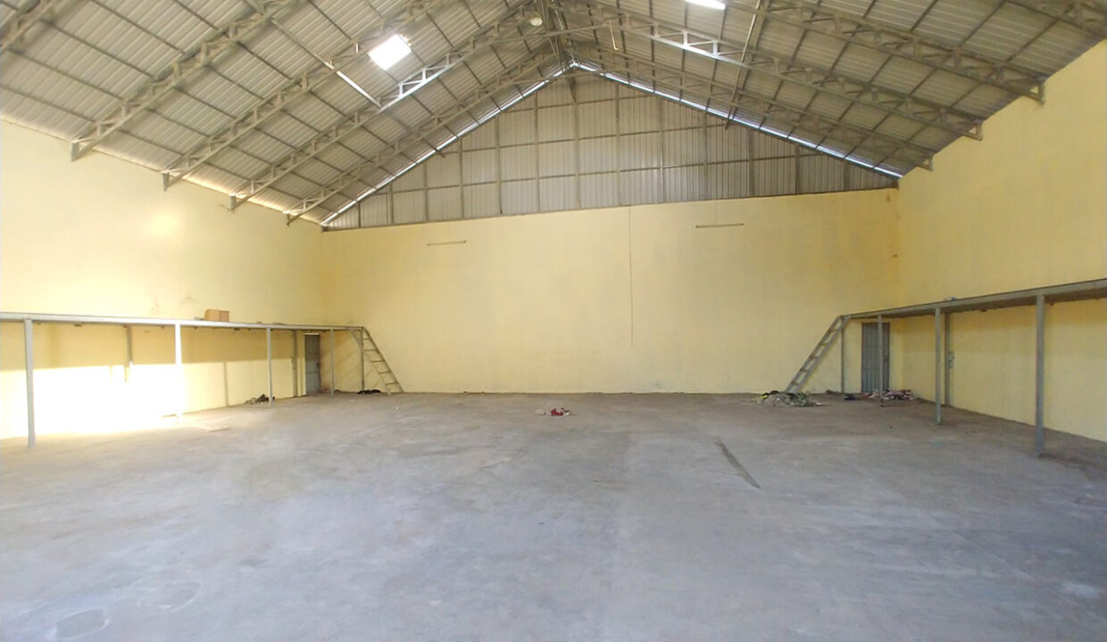 735 Sq.m Warehouse For Rent Phsar Daeum Thkov Area 2