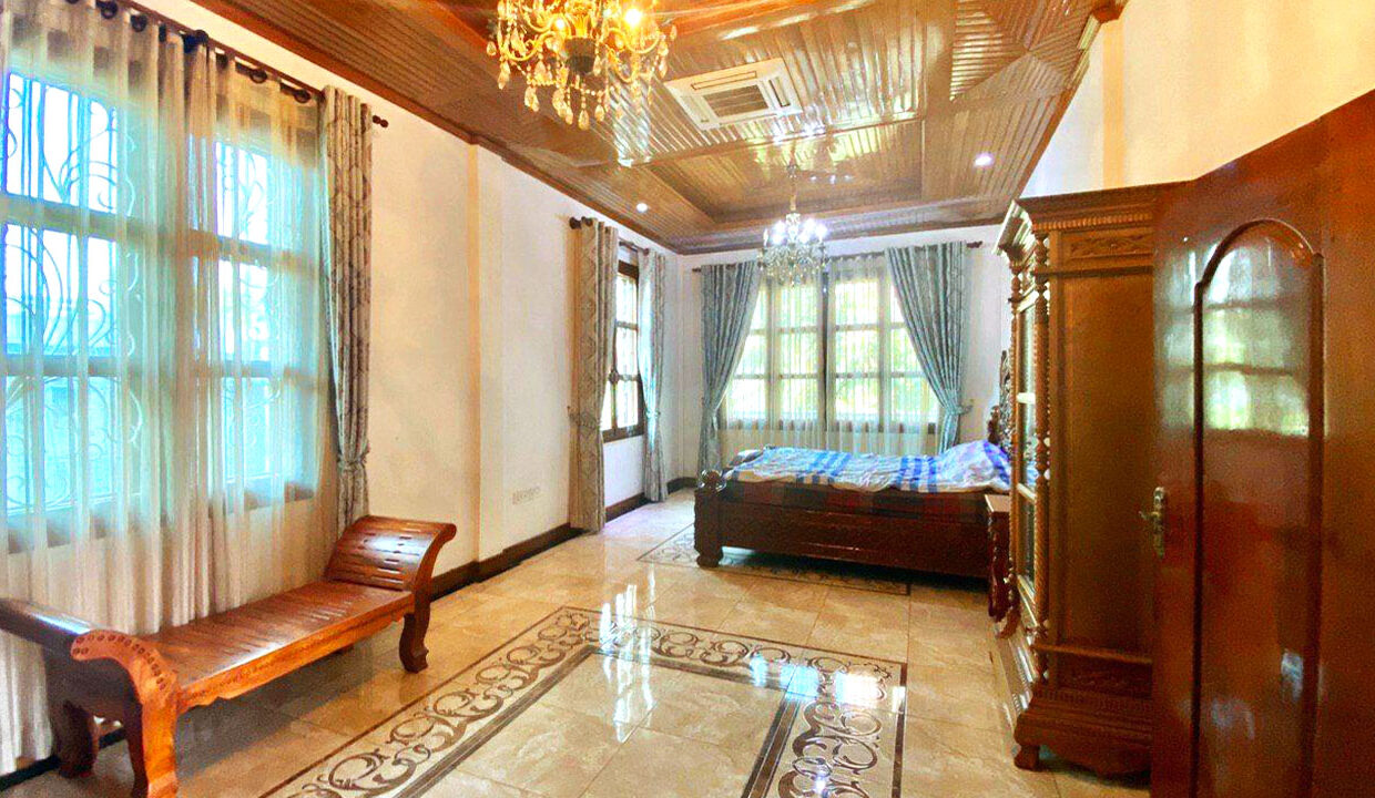 9 Bedrooms With Pool For Rent In Toul Kork Area 5