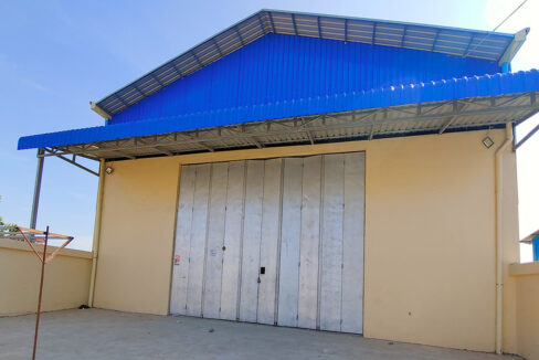 923 Sq.m Warehouse For Rent In Sen Sok Area Img1