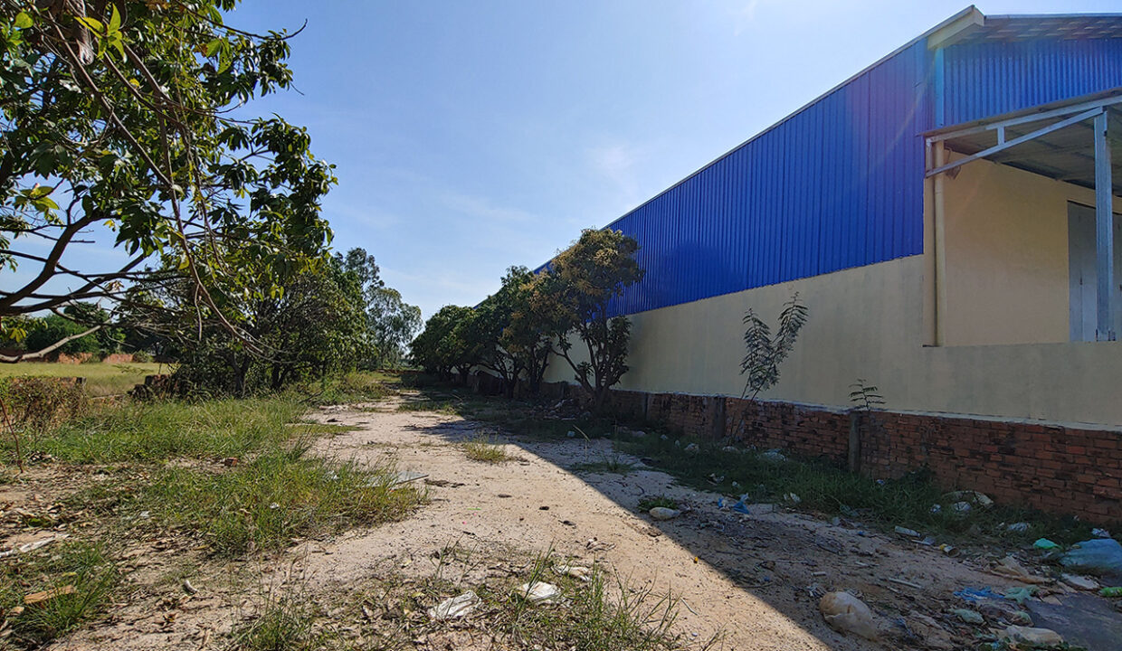 923 Sq.m Warehouse For Rent In Sen Sok Area Img2
