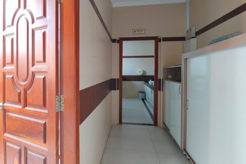 A Stunning 68 Sq.m Office Space For Rent In BKK 1 Img5