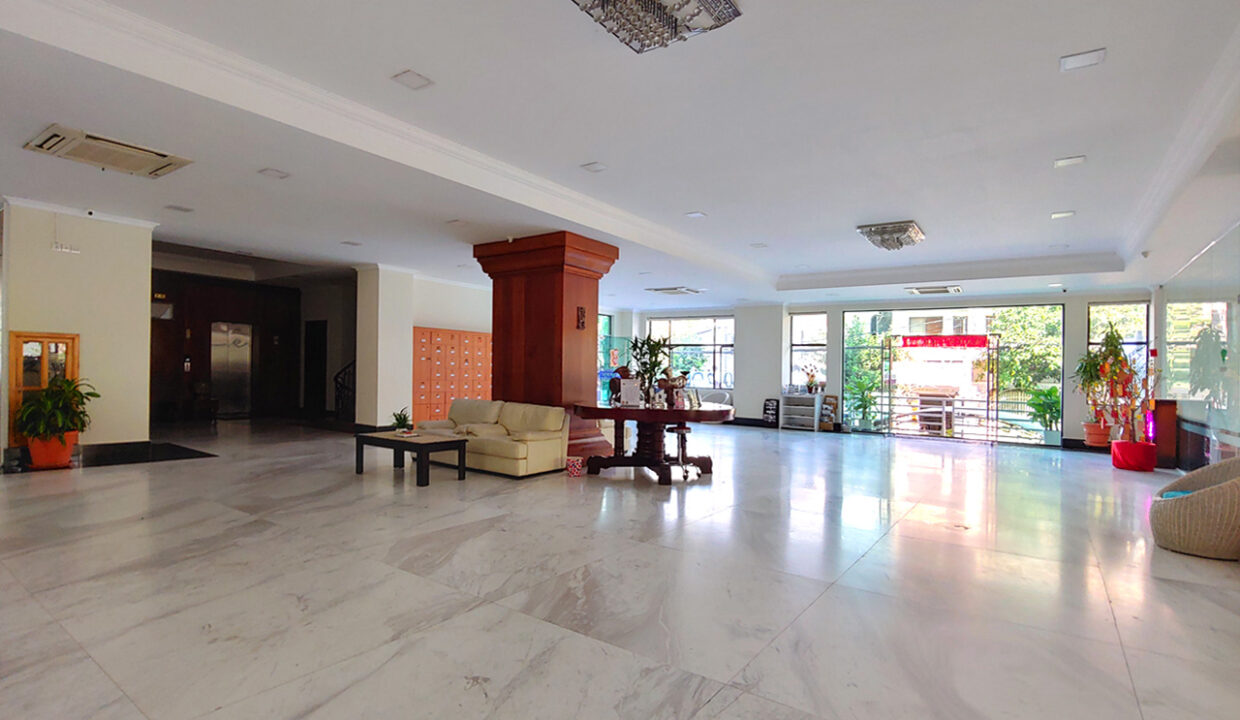 A Stunning 68 Sq.m Office Space For Rent In BKK 1 Img6