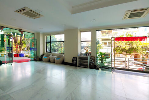 A Stunning 68 Sq.m Office Space For Rent In BKK 1 Img7