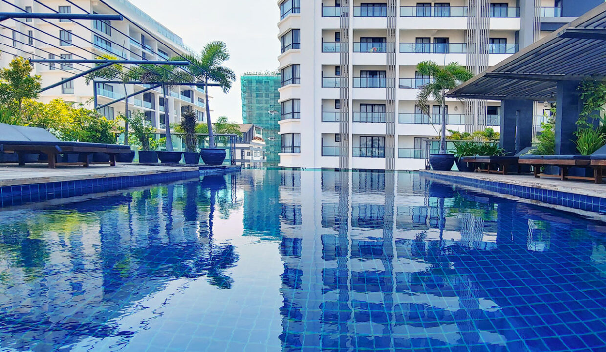 Beautiful 4 Beds Penthouse Apartment For Rent In Tonle Bassac Area 13