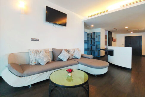 Beautiful 4 Beds Penthouse Apartment For Rent In Tonle Bassac Area 2