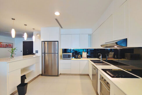 Beautiful 4 Beds Penthouse Apartment For Rent In Tonle Bassac Area 3