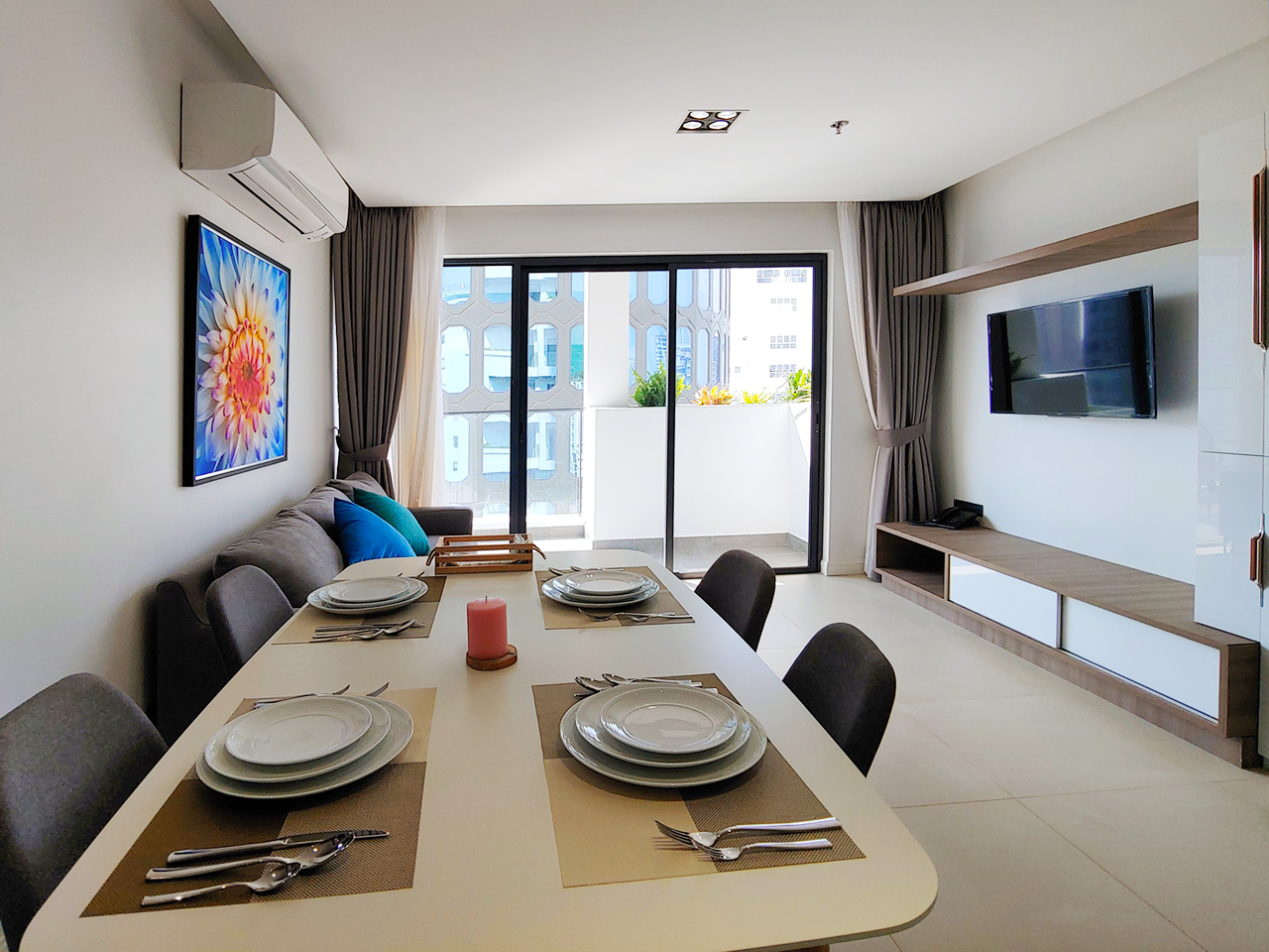 Brand new 2 bedrooms apartment unit for rent in BKK 1 area