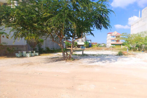 Land For Sale Very Urgent In Front Of GLOBAL And AEON 2 Img2