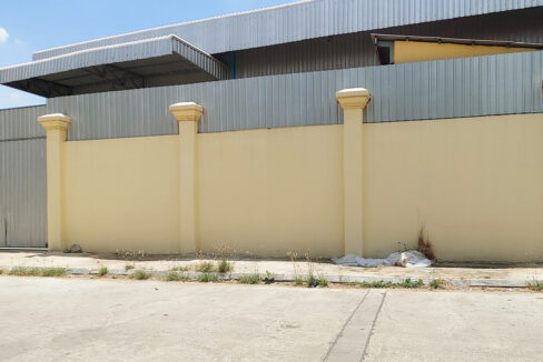 Warehouse For Rent Near AEON Mall 2 Phnom Penh Thmei 1