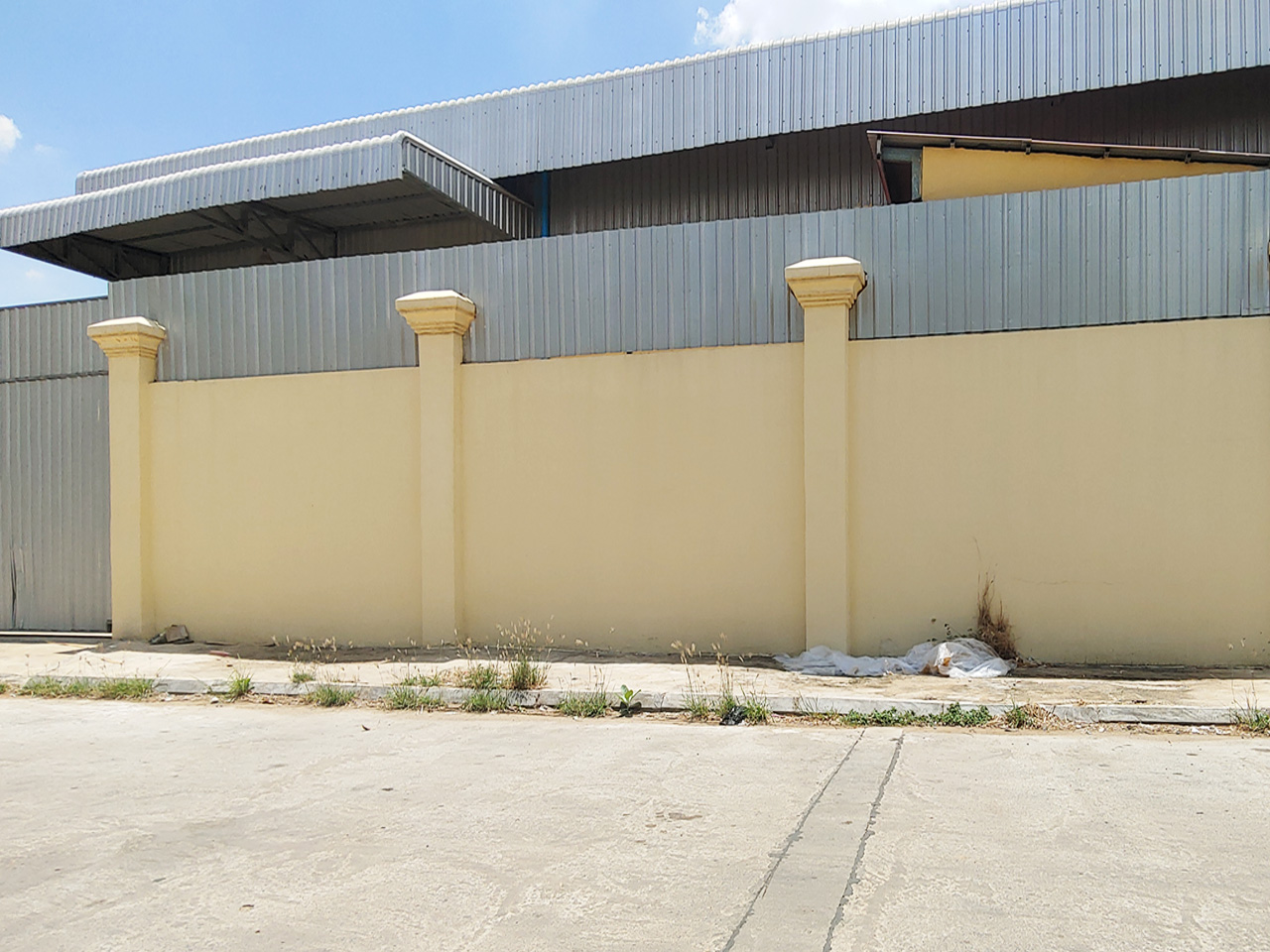 Warehouse for rent near AEON Mall 2 – Phnom Penh Thmei