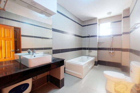 1 Bedroom Penthouse For Rent @ Tuol Tumpoung 2 Area Img4