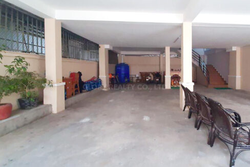 10 Beds Whole Apartment For Rent @ Toul Kork Area Img7