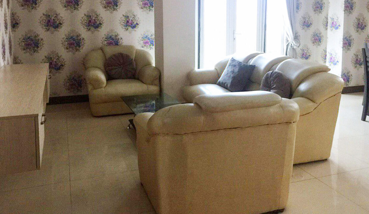 10 Room Whole Apartment For Rent @ Boeung Trabaek Area Img2