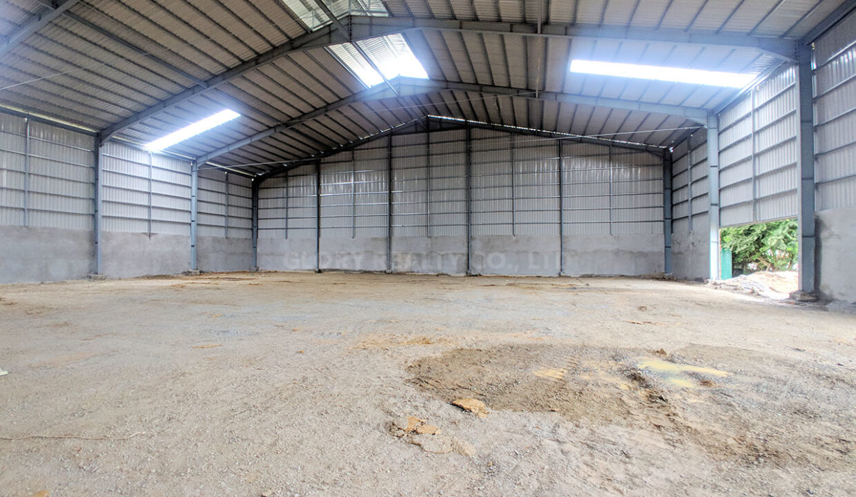 1200 SQM Warehouse For Rent Near Boeng Kob Srov Img1