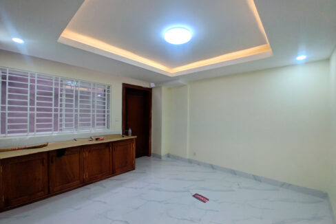 14 Room House Apartment For Rent @ Tuol Kork Area Img4