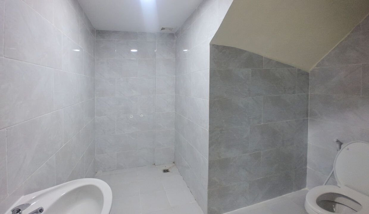 14 Room House Apartment For Rent @ Tuol Kork Area Img9