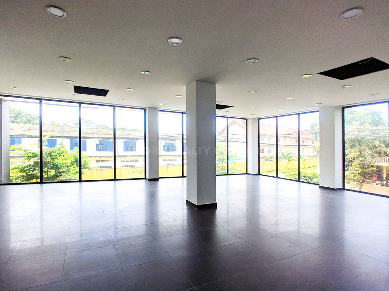 154 SQM office space for rent in Toul Kork area
