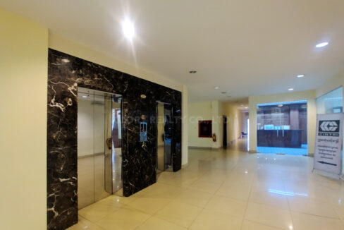 176 SQM Office Space For Rent Near Central Market Img1