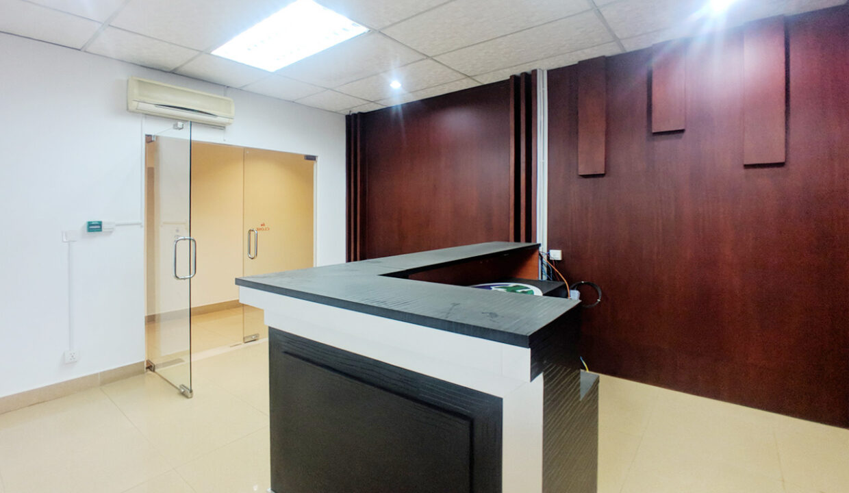 176 SQM Office Space For Rent Near Central Market Img2