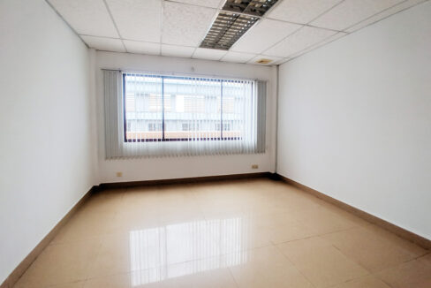 176 SQM Office Space For Rent Near Central Market Img5