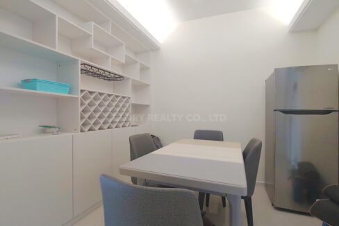 2 Bedrooms Condo Unit For Rent At Sky31 Toul Kork Area Img2