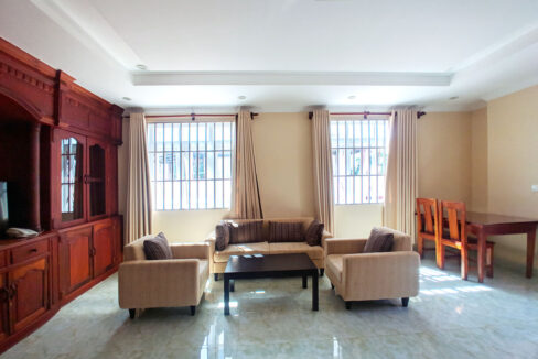 2 Beds 100 Sq M Apartment For Rent @ Tuol Tumpung Area Img2
