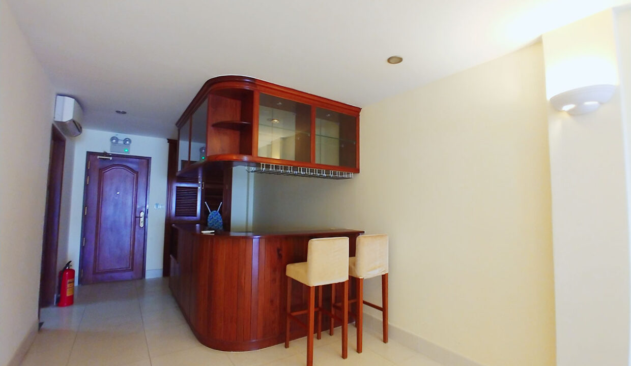 2 Bedrooms Apartment For Rent @ BKK 1 Area Img2