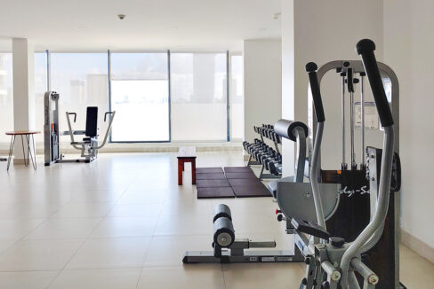 2 Bedrooms Condo For Rent Near France Embassy Img10