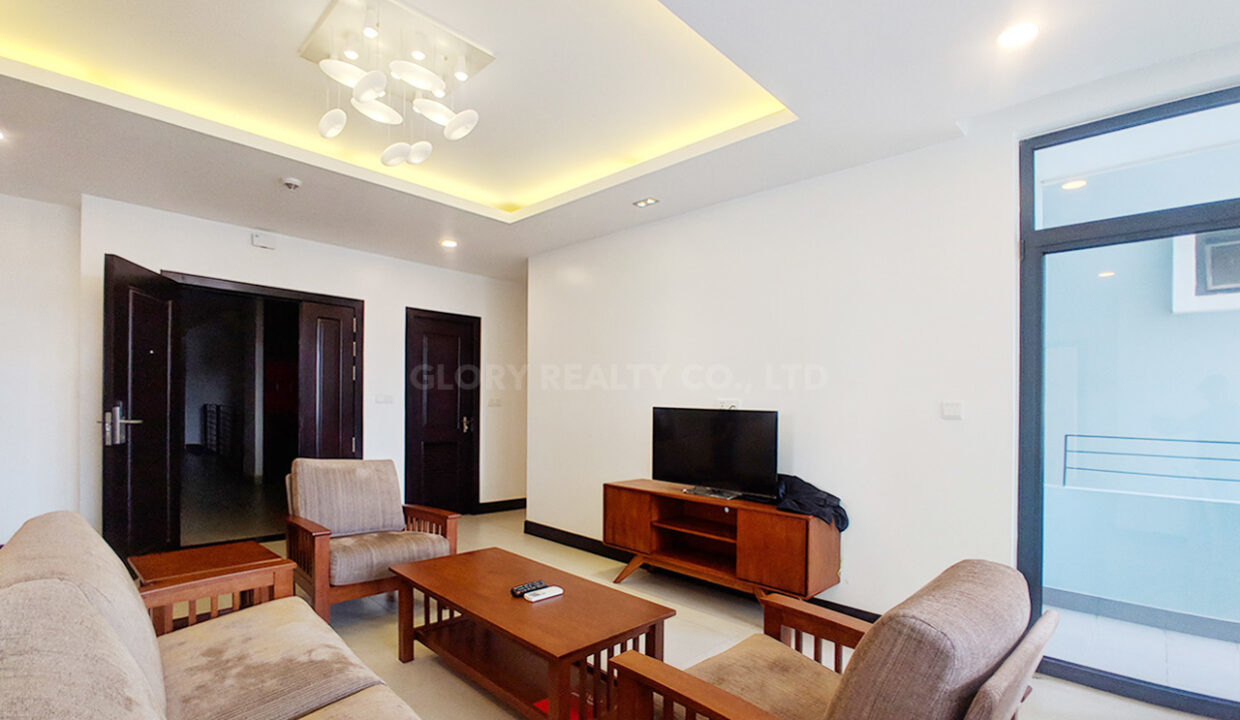 2 Bedrooms Condo For Rent Near France Embassy Img2