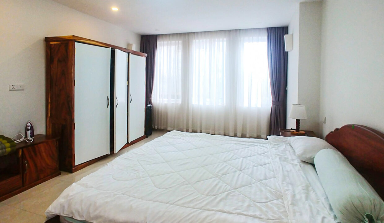 2 Beds Apartment For Rent @ Near Russian Market Img1
